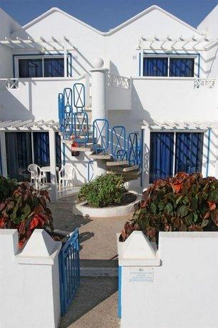Oasis Apartments Lanzarote, Puerto del Carmen - Compare Deals