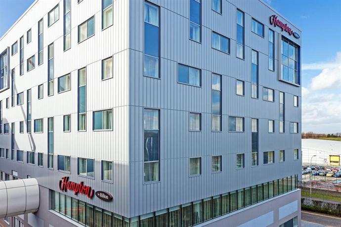 Hampton by Hilton London Gatwick Airport