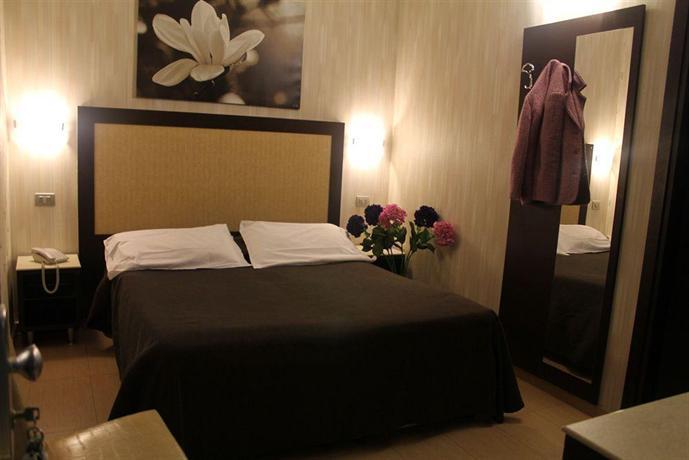 Hotel dei mille roma offerte in corso for Hotel mille rose roma
