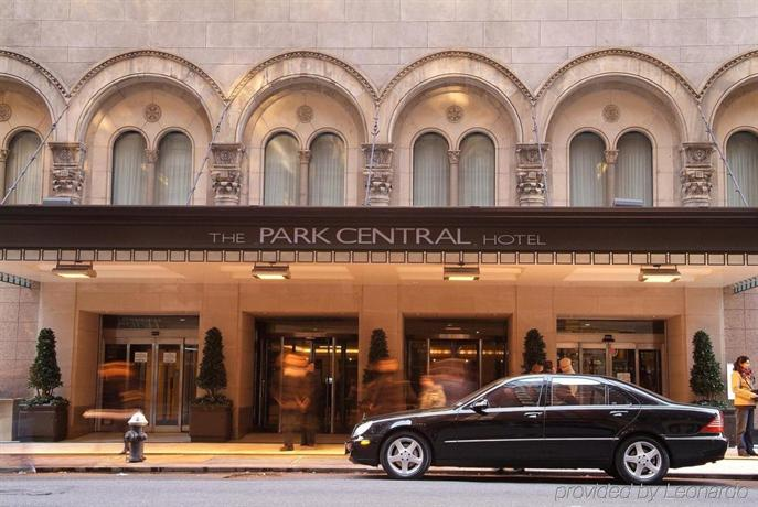 Park central hotel new york city compare deals for Hotels near central park new york