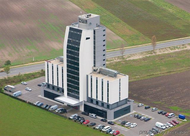 Pannonia Tower bd70d89178e