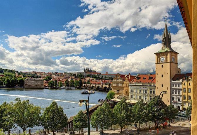 Smetana hotel prague compare deals for Unique accommodation prague