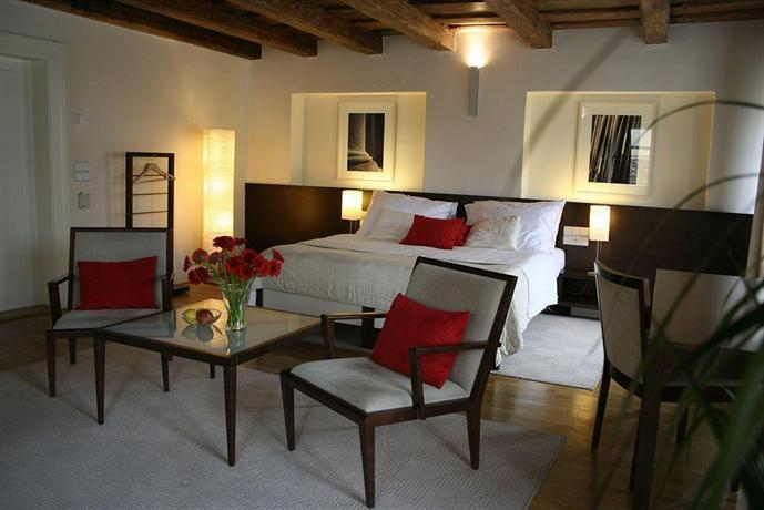 Domus balthasar design hotel prague compare deals for Design boutique hotel domus balthasar