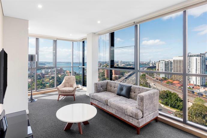 About Meriton Suites North Sydney