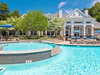 Global Luxury Suites at Waltham