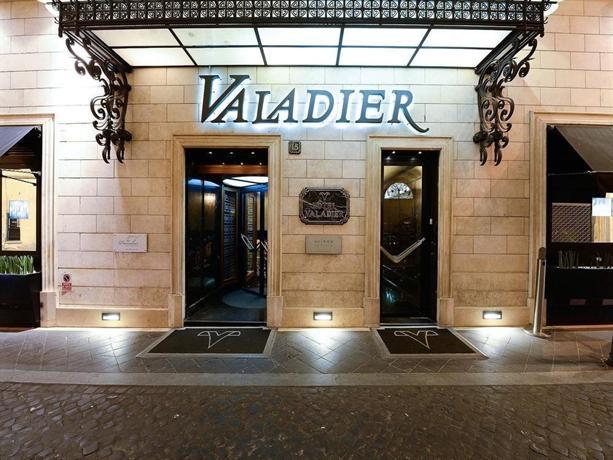 Hotel Valadier Via Della Fontanella Roma
