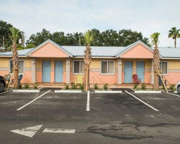 Delux Inn Clearwater