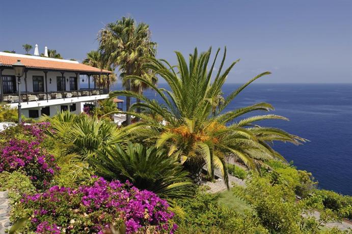 Jardin tecina hotel la gomera playa de santiago compare for Jardin tecina