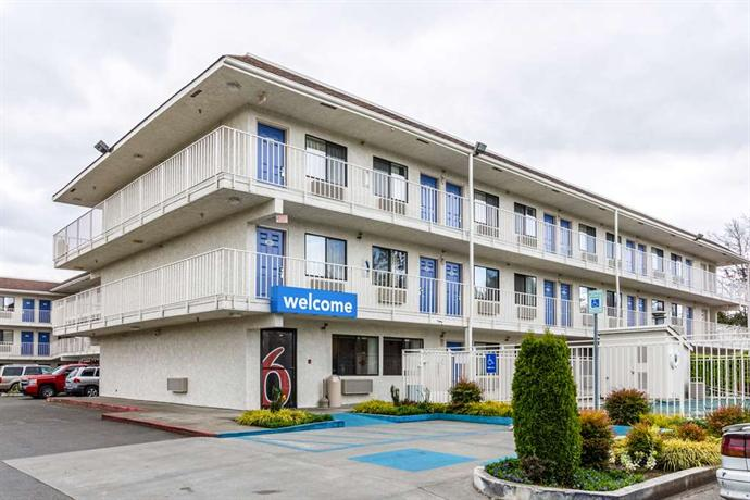 Motel 6 Seattle North Kirkland