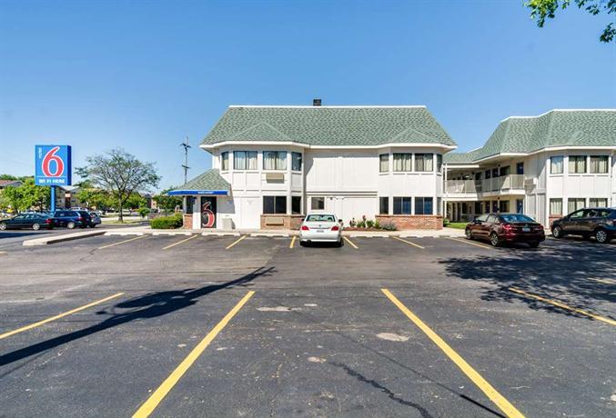 Motel  Schiller Park