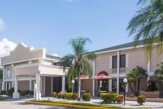 Travelodge - Fort Myers
