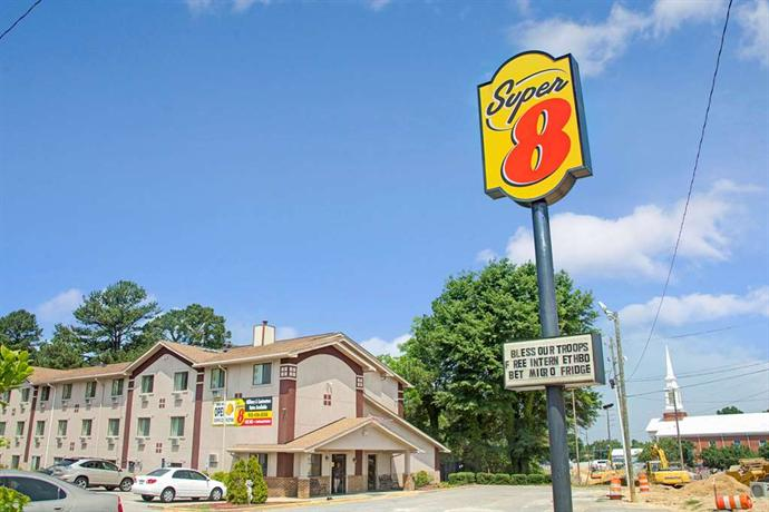 Super 8 Motel Spring Lake North Carolina