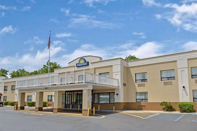 Days Inn Newburgh West Point/Stewart Intl Airport