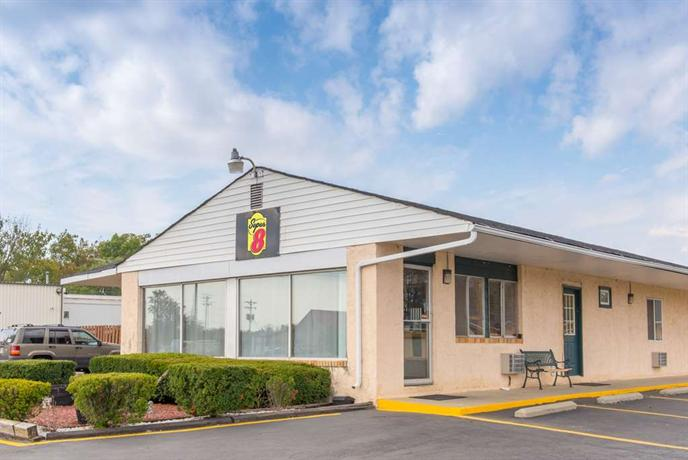 Super 8 Motel Centerville Richmond