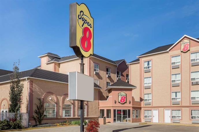Permalink to Motel 6 Grande Prairie
