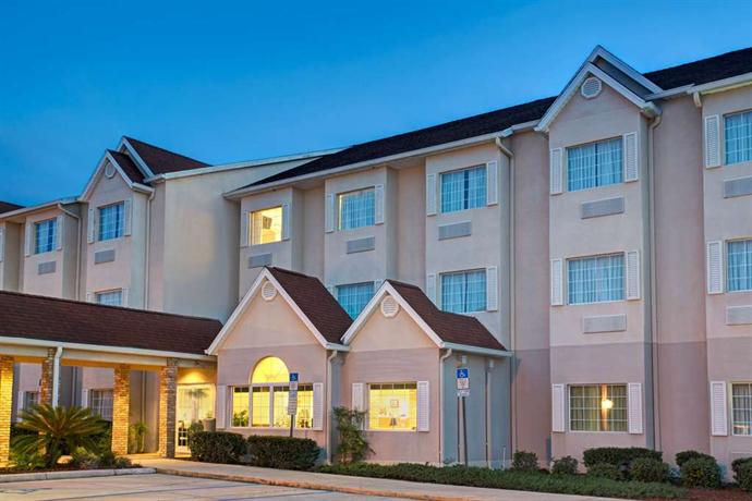 Microtel Inn & Suites Lady Lake