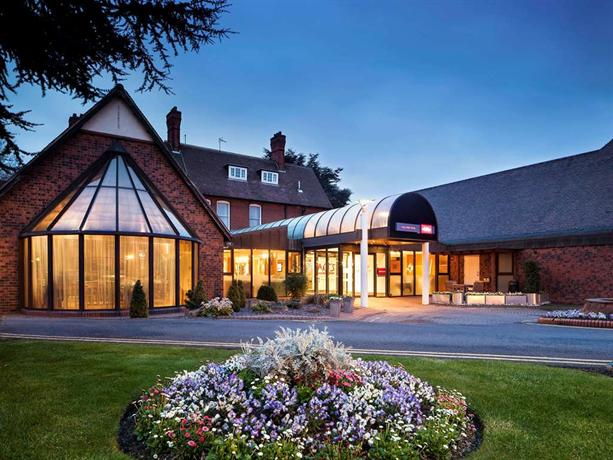 Mercure Grange Park Hotel