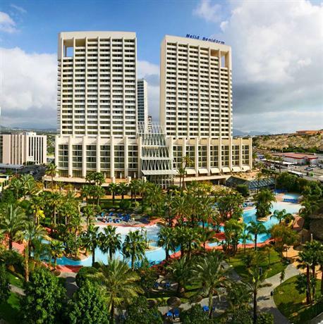 Hoteles en benidorm espa a hoteles econ micos en for Hoteles con habitaciones familiares en benidorm