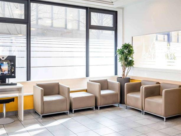 Hotelf1 paris porte de montmartre compare deals for Hotel formule 1 porte montmartre