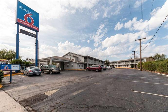 Studio 6 San Antonio Tx Ft Sam Houston Compare Deals