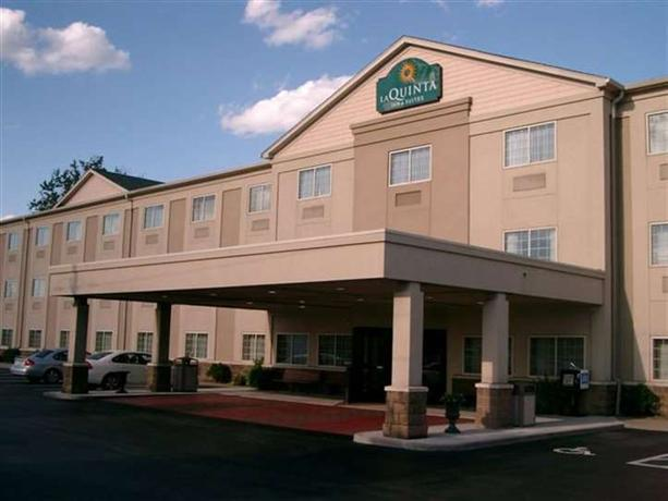 Airport & Expo La Quinta Inn & Suites