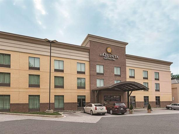 Inn   Suites Edgewood Aberdeen-South - Compare Deals 250ad10320d2b