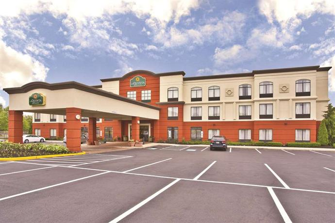 La Quinta Inn & Suites Mt Laurel - Philadelphia