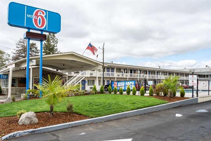 Motel 6 Salem Expo Center