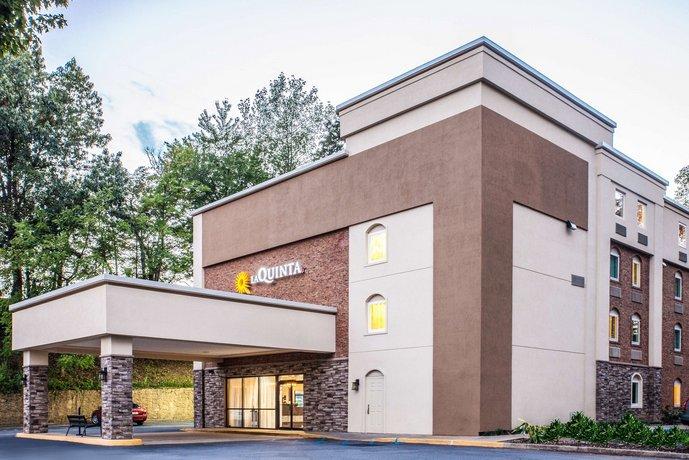 La Quinta Inn & Suites Charlottesville-UVA Medical