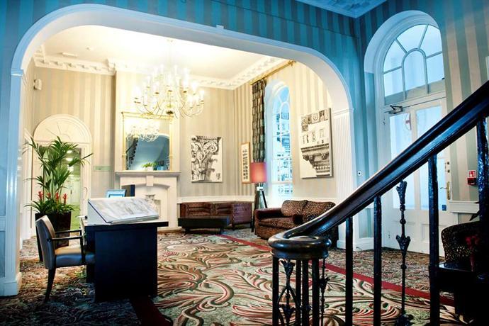 De Vere Beaumont Estate Old Windsor Compare Deals