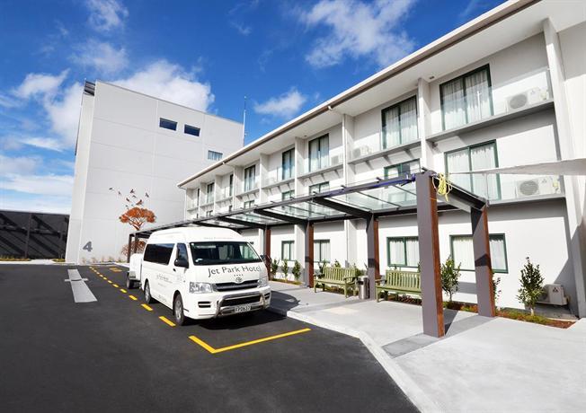 Jet Park Airport Hotel & Conference Centre