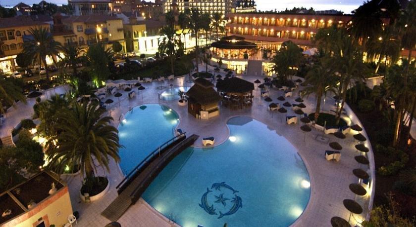 Hotel la siesta tenerife playa de las americas compare for Designhotel teneriffa