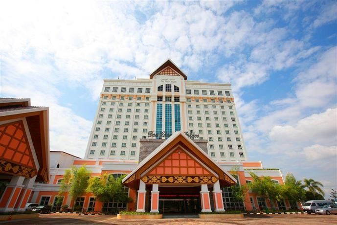 Don chan palace hotel convention vientiane compare deals for Laos hotels 5 star