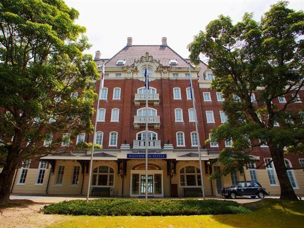 Watermark hotel nagasaki huis ten bosch sasebo compare for Nagasaki huis ten bosch