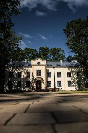 Modlinska Apartments