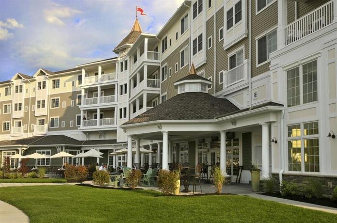 watkins glen harbor hotel compare deals. Black Bedroom Furniture Sets. Home Design Ideas