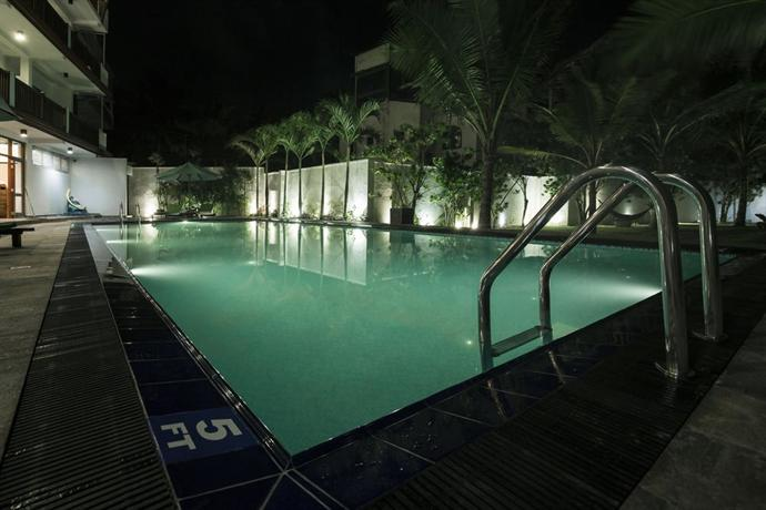 Rock Side Beach Hotel Bentota