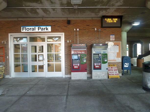 Floral park motor lodge compare deals for Floral park motor lodge floral park ny