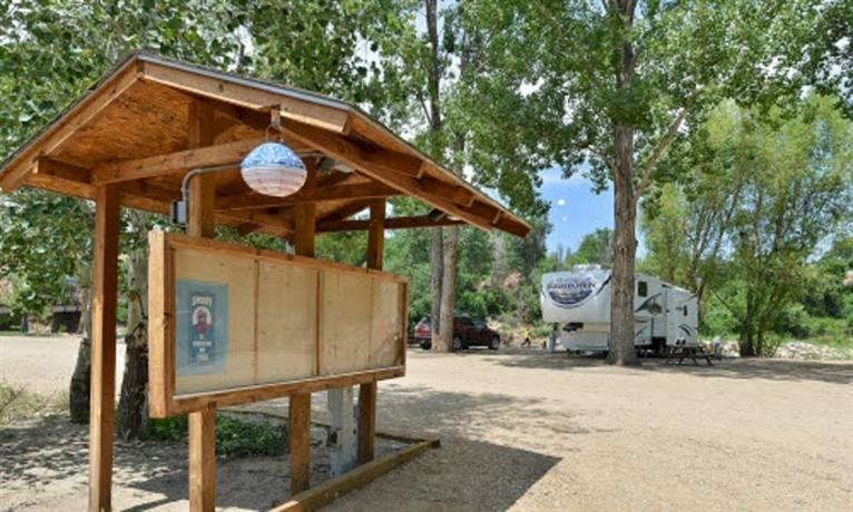 Riverview RV Park - A Cruise Inn Park
