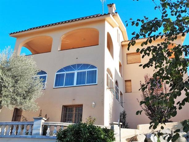Villa Antonia Mataro
