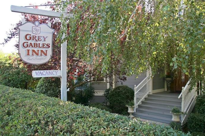 Grey Gables Bed And Breakfast Inn Sutter Creek Compare