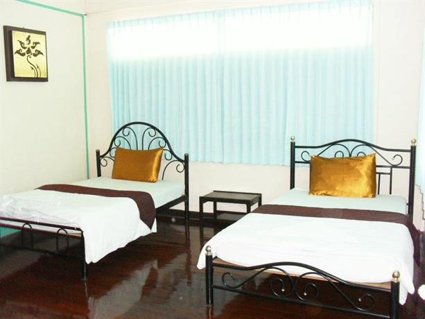 Naruncha massage house chiang mai compare deals for Classic house chiang mai massage