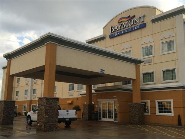Baymont inn and suites minot compare deals for The baymont