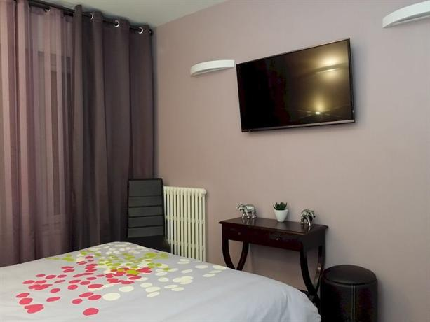 Hotel Paris Gambetta Compare Deals