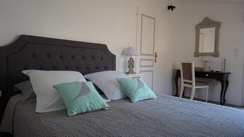 la maison gavinies bordeaux compare deals. Black Bedroom Furniture Sets. Home Design Ideas