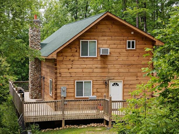 Log cabin in smoky mountains cosby compare deals for Smoky mountain cabin specials