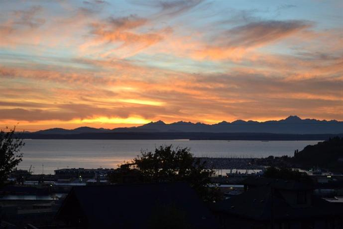 Stunning Seattle Sound View