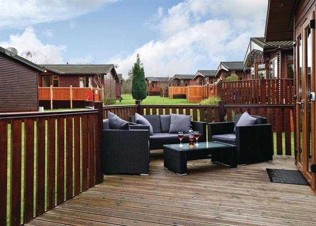 Ashlea Pools Lodges