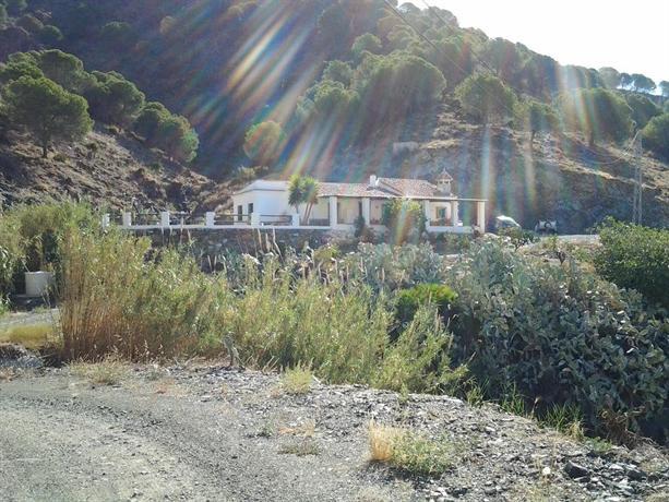 B b casa arroyo de la montana alora compare deals - Casas de montana ...