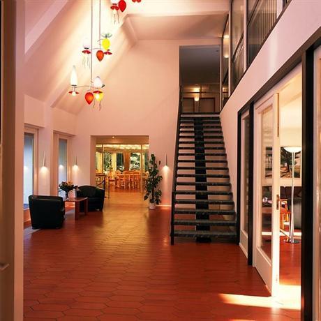 seminar landhaus delmenhorst compare deals. Black Bedroom Furniture Sets. Home Design Ideas
